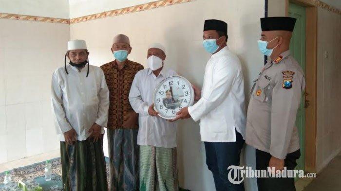 Kapolres Pamekasan Silaturahmi ke Pengasuh Ponpes Miftahul Anwar, Kerjasama Cegah Covid-19 Lewat 5M