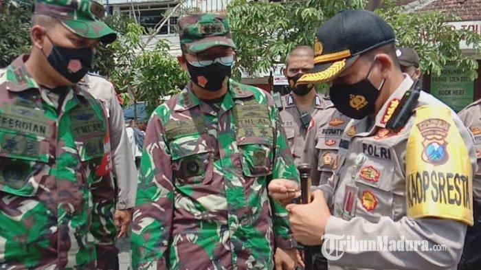 Polisi Bersenjata Laras Panjang Siaga di Pos Pengamanan Malang, Antisipasi Terorisme Saat Tahun Baru