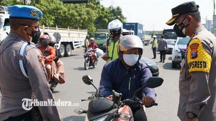 PPKM Darurat di Sidoarjo, Ratusan Kendaraan dari Luar Kota Terpaksa Putar Balik, ada yang Bandel