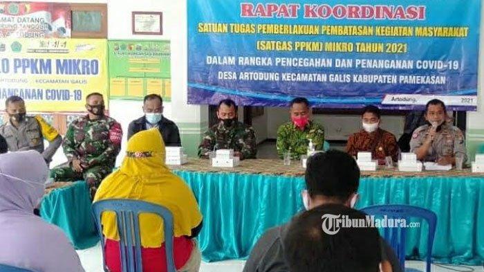 Maksimalkan PPKM Mikro, Kapolsek Galis Pamekasan Gelar Rapat Koordinasi Bersama Satgas Cegah Covid
