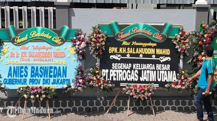 Gubernur DKI Jakarta Kirimkan Karangan Bunga Duka Cita untuk KH Salahuddin Wahid (Gus Sholah)