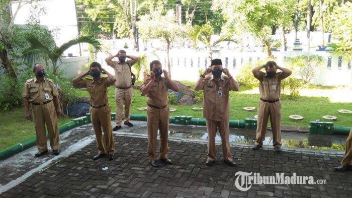 Galakkan Gerakan Bermasker, Disporabudpar Gunakan Masker Batik Khas Sampang untuk Cegah Corona