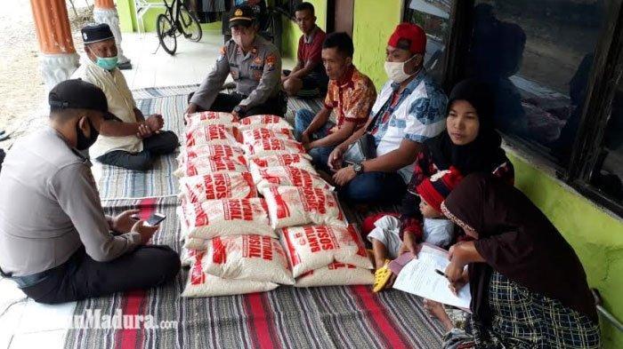Kapolres Pamekasan Berikan Bantuan Beras 200 Kg ke Penyandang Disabilitas yang Terdampak Covid-19