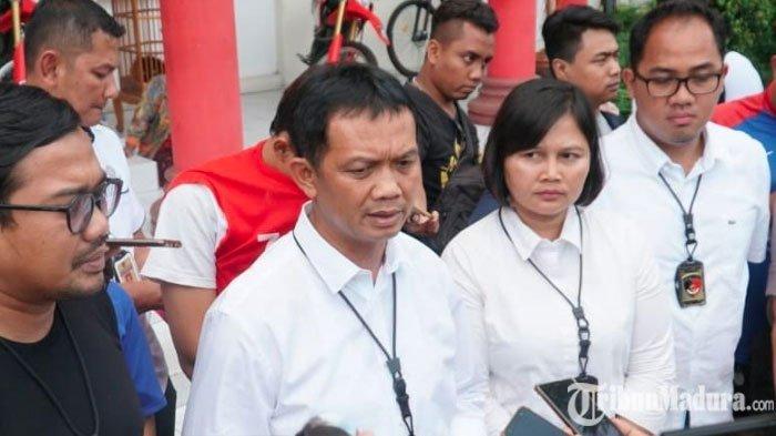 Blangko E-KTP Banyak Kosong,Polrestabes Surabaya Endus Dugaan AdanyaPemalsuan E-KTP