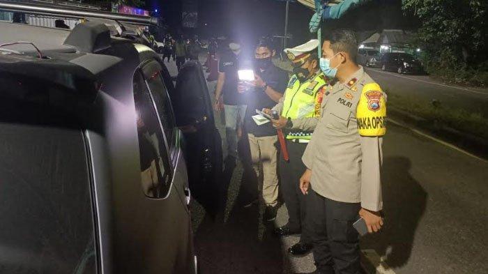 Antisipasi Arus Balik, Polres Madiun Perketat Penyekatan di Wilayah Perbatasan Mulai Tengah Malam