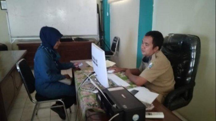 Pendaftaran Kartu Pra Kerja Gelombang 2 di Sampang Ditunda hingga Batas Waktu yang Belum Ditentukan