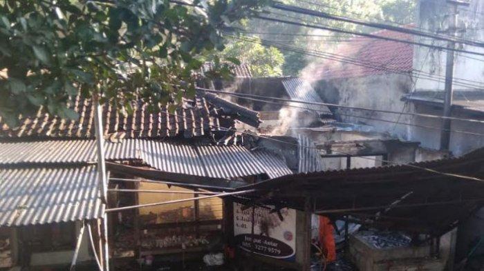 H +1 Lebaran, Tempat Usaha Jasa Cuci Baju Terbakar di Ngantru Trenggalek, Gegara Setrika Uap Meledak