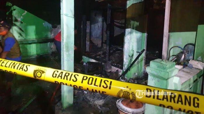 Ditinggal Pemilik, Rumah di Mojokerto Terbakar saat Adzan Maghrib, Terlihat Semburan Api dari Elpiji