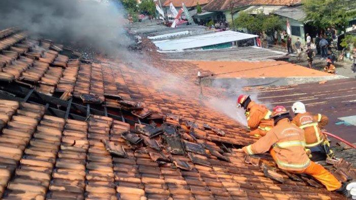 Aksi Heroik Anak Selamatkan Ibunya dari Kebakaran Rumah di Surabaya, Awalnya Dengar Suara Keras