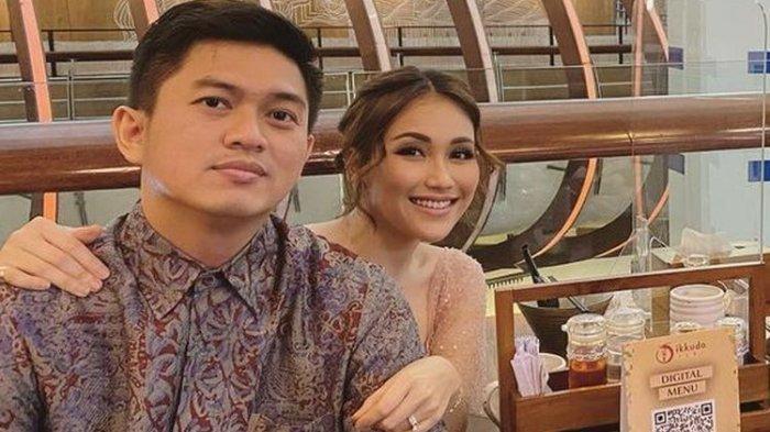Kebersamaan Ayu Ting Ting dan Adit Jayusman sebelum batal menikah.