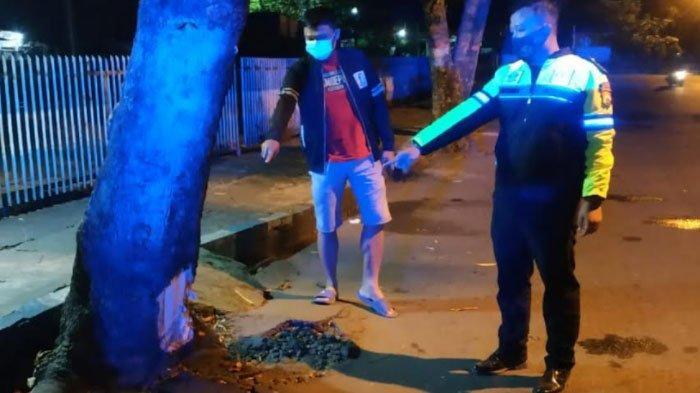 Tragedi Maut Jelang Sahur, Dua Pemuda Tulungagung Tewas di Tempat setelah Motornya Menabrak Pohon