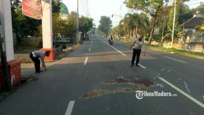 Gara-Gara Melamun saat Berkendara, Pengendara Motor di Mojokerto Tewas setelah Menabrak Dump Truk