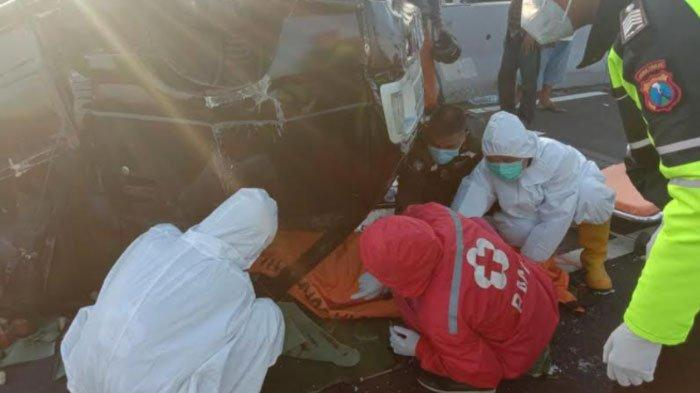 Kecelakaan di Jembatan Suramadu, Warga Bangkalan Tewas setelah Mobilnya Terbalik, Suami Selamat