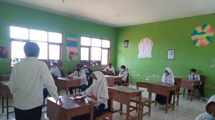 Masuk PPKM Level 3, PTM Terbatas di Madrasah Probolinggo Tetap Dilangsungkan, Prokes Ketat