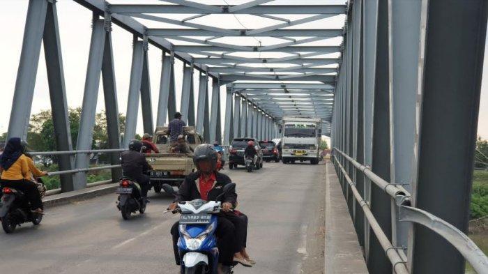 Kendaraan Berat Kelas I dan II Dilarang Melintas di Jembatan Ploso Mulai 6 Mei hingga Desember 2021