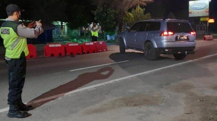 Ada Penyekatan, 524 Kendaraan yang Masuk ke Tuban Dipaksa Putar Balik di Pos Perbatasan Jateng-Jatim