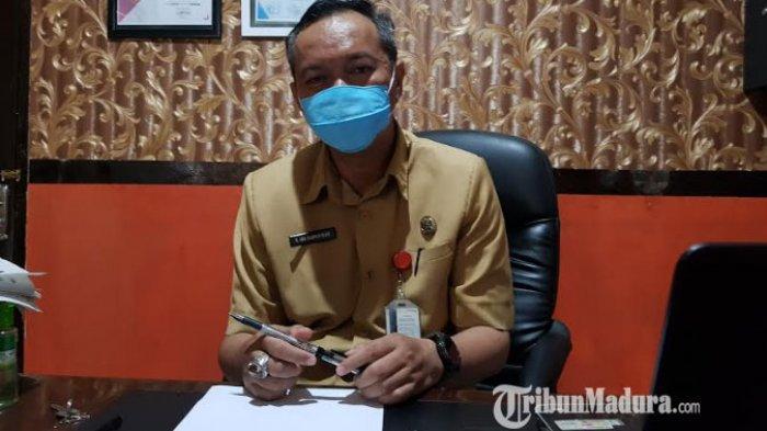 BPBD Sumenep Serahkan Bantuan kepada Korban Angin Puting Beliung di Desa Karanganyar Kalianget