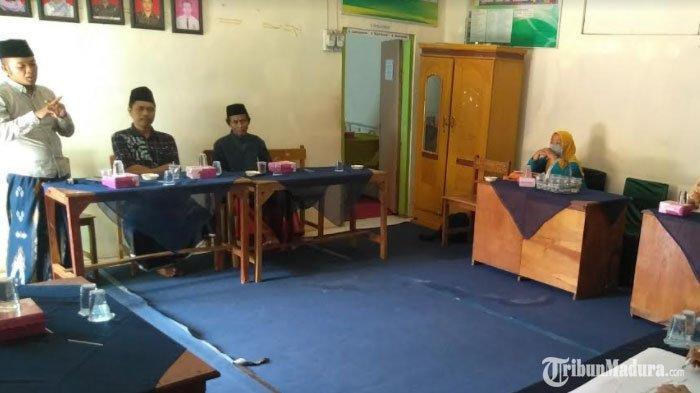 Kades di Bangkalan ini Alokasikan 40 Persen DD untuk Kuliahkan Warga hingga Pengembangan Masyarakat