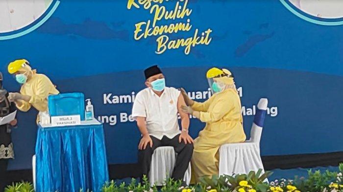 Perkuat Penanganan Pandemi, Kota Malang Memulai Vaksinasi Covid-19, Ketua DPRD Disuntik Pertama Kali
