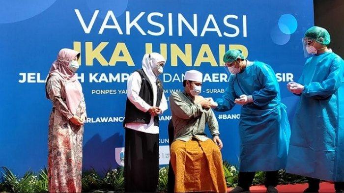 Tinjau Vaksinasi Pesantren, Gubernur Khofifah Harap Jawa Timur Capai Herd Immunity pada Agustus 2021