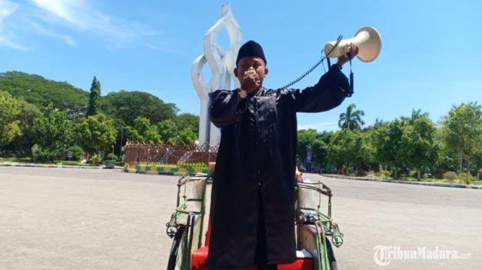 Orasi TunggalKetua Pemuda Pamekasan saatHari Sumpah Pemuda, Angkat Kesejahteraan Para Tukang Becak