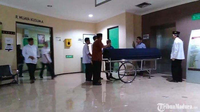 BREAKING NEWS: Innalillahi Wa Innailaihi Rajiun Menteri Agama era Gus DurKH Tholchah Hasan Wafat