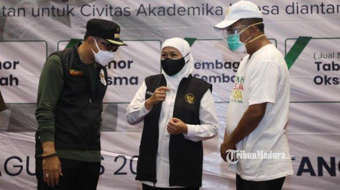Gubernur Khofifah Klaim PPKM Level 4 Berhasil Landaikan Kasus Covid-19 d Jatim sampai 50 Persen