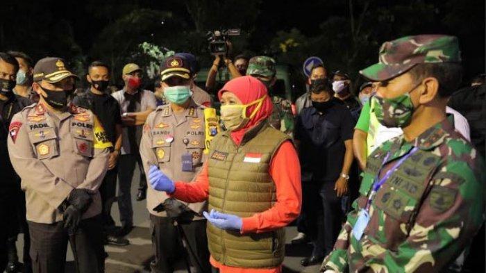 115 Warga Kedung Baruk Surabaya dari Klaster Pabrik Rokok Isolasi & Belum Swab, Ini Kata Khofifah