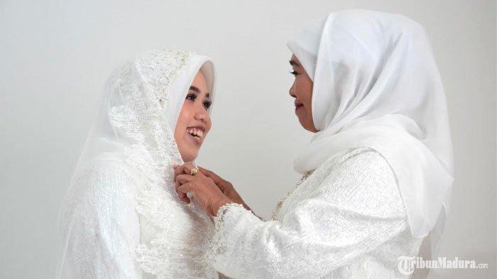 Gubernur Jatim Khofifah Mantu, Mengaku Menangis dan Teringat Masa Kecil Putrinya Jelang Pernikahan