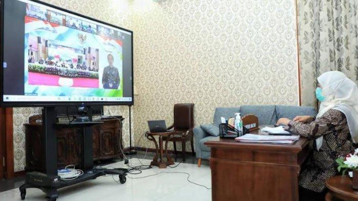 Masuk 18 Hari Isolasi Mandiri, Begini Update Kesehatan Gubernur Khofifah setelah Positif Covid-19