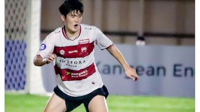 Kim Jin Sung Sukses Pukau Rahmad Darmawan Pada Laga Debutnya Bersama Madura United di Liga 1 2021