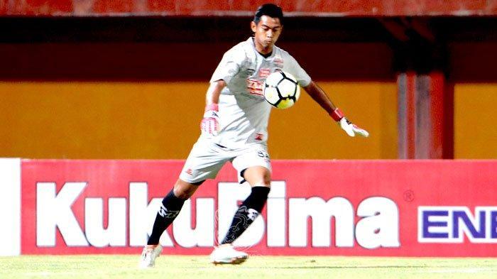 Selesaikan Kuliah S1 Dengan Manis, Kiper Timnas Indonesia U-23 dan Madura United Raih IPK Luar Biasa