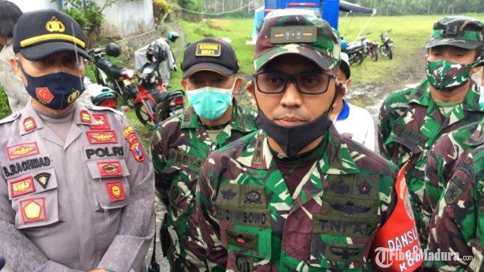 Komandan Tanggap Darurat (Incident Commander) Letkol Inf Andi A Wibowo saat ditemui di Pos Pengungsian Desa Sapiturang, Kecamata Prunojiwo, Lumajang, Minggu (6/12/2020).