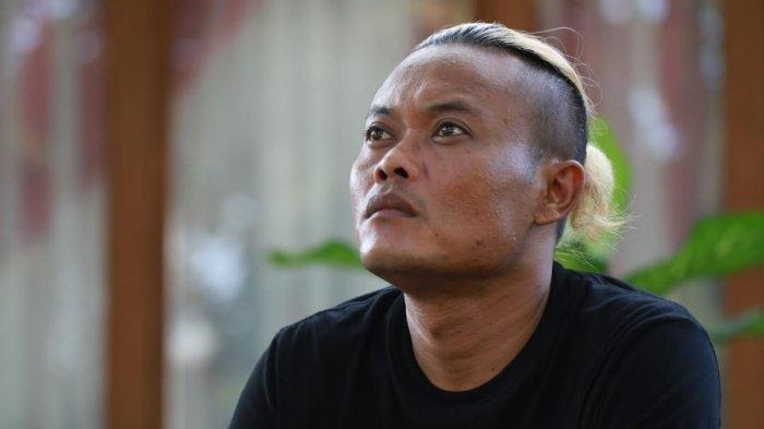 Armand Maulana Terharu, Sejak Kecil Sule Dagang Jagung dan Hampir Dicokok Polisi karena Satu Hal Ini