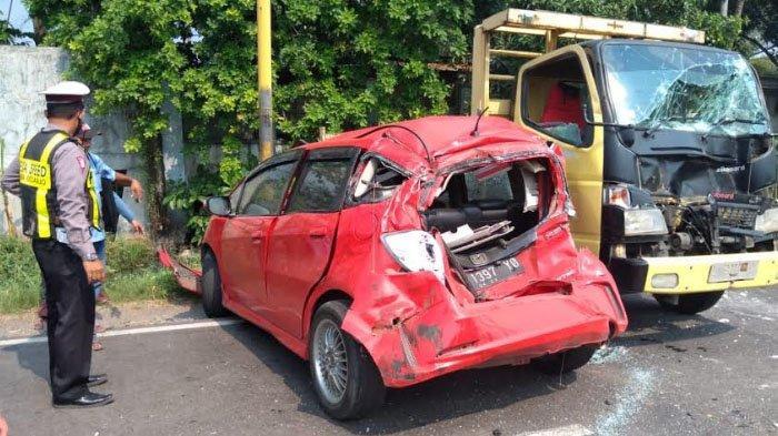 Kronologi Lengkap Kecelakaan Beruntun Enam Kendaraan di Krian Sidoarjo, Jalanan Macet Total