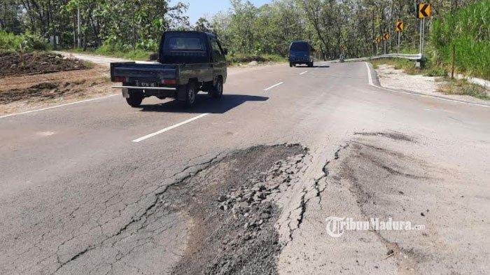 Belum Sebulan Beroperasi, Jalan Lingkar Selatan Tuban Mulai Rusak, Jalan Berlubang dan Bergelombang