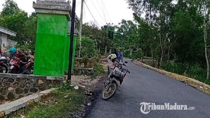 Pemkab Sampang Prioritaskan Program Perbaikan Jalan Penghubung Kecamatan Kedungdung dan Banyuates