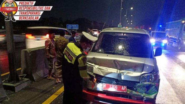 Mobil Sigap Milik Pemkab Pamekasan Terlibat Kecelakaan Beruntun di Tol Waru-Perak, Penumpang Selamat