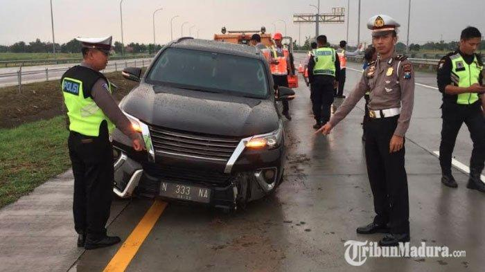 Mobil Toyota Fortuner Hantam Pembatas Jalan, Polisi Beber Kronologi, Dugaan Human Error Menguat