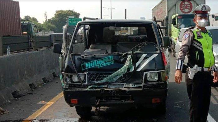 Kecelakaan Karambol di Tol Perak, 5 Unit Mobil Terlibat, Berawal saat Avanza Mengurangi Kecepatan