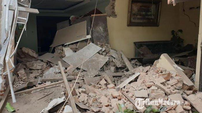 Warga Tuntut Ganti Rugi Tiga Rumah yang Hancur Dihantam Truk Trailer di Kecamatan Trowulan Mojokerto