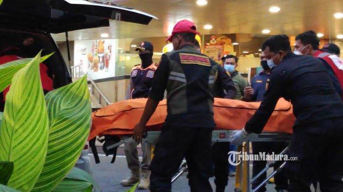 Pria Jatuh dari Lantai 2 Tunjungan Plaza Surabaya, Korban Meninggal Dunia, Identitas Belum Diketahui