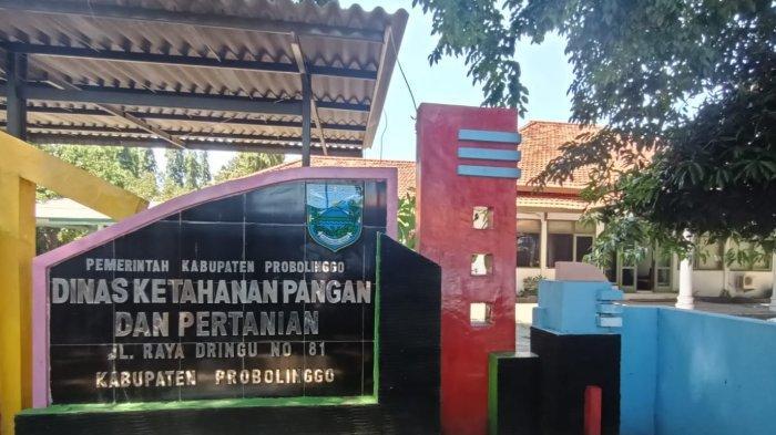 Usai Geledah Kantor Dinas Ketahanan Pangan dan Pertanian Probolinggo, KPK Bawa 1 Koper Hitam