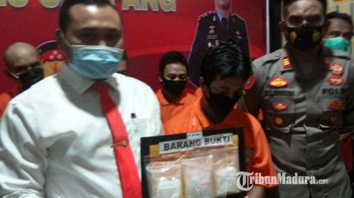 BREAKING NEWS - Kurir Narkoba Lintas Provinsi Ditangkap Polres Sampang, 248,62 Gram Sabu Diamankan
