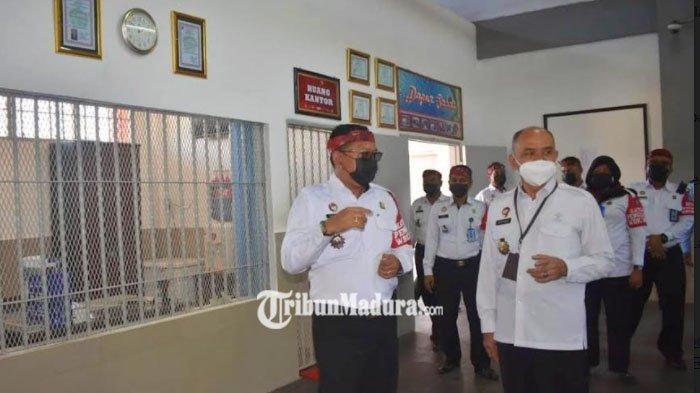 Inspektorat Jenderal Kemenkumham Cek Pelayanan Publik dan Blok Hunian di Lapas Narkotika Pamekasan