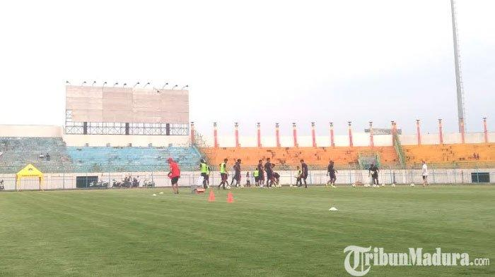 Jelang Kontra Arema FC,Madura United Evaluasi Kekurangan Tim setelah DikalahkanPersipura Jayapura