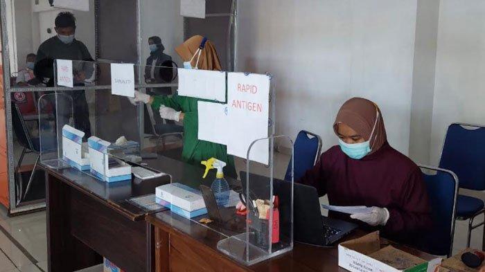 Mulai Besok, Harga Rapid Test di Stasiun Kereta Api Turun dari Rp 85.000 jadi Rp 45.000
