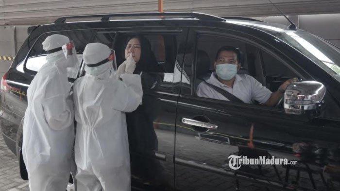 Layanan Swab Test Drive Thru di Surabaya, Peserta Tidak Perlu Keluar Kendaraan, Ini Rincian Biayanya