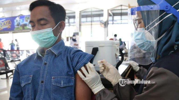 PT KAI Daop 8 Surabaya Buka Layanan Vaksinasi Covid-19 di 3 Stasiun KA, Simak Syarat Mengikutinya