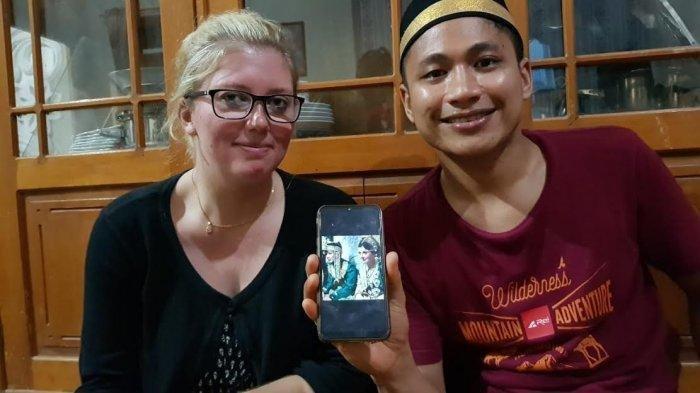 Nikahi Pemuda Indonesia, Bule Cantik asal Jerman ini Masuk Islam dan Ucapkan Kalimat Syahadat